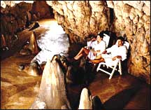 Grotta Guisti Lake